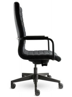 24Designs Bergamo Bureaustoel - Stof Donkergrijs - Zwarte Kunststof Kruispoot