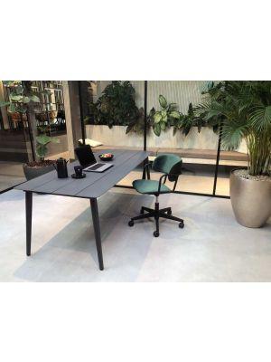 24Designs Homework Velvet Bureaustoel - Fluweel Flessengroen - Zwarte Kunststof Kruispoot
