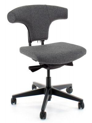 24Designs Torro Bureaustoel EN1335 - Grijs Wolvilt - Zwarte Kunststof Kruispoot