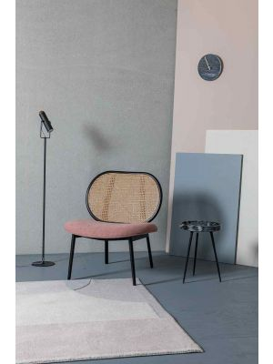 Zuiver Spike Lounge Fauteuil - Naturel Rotan - Stof Roze - Zwarte Metalen Poten