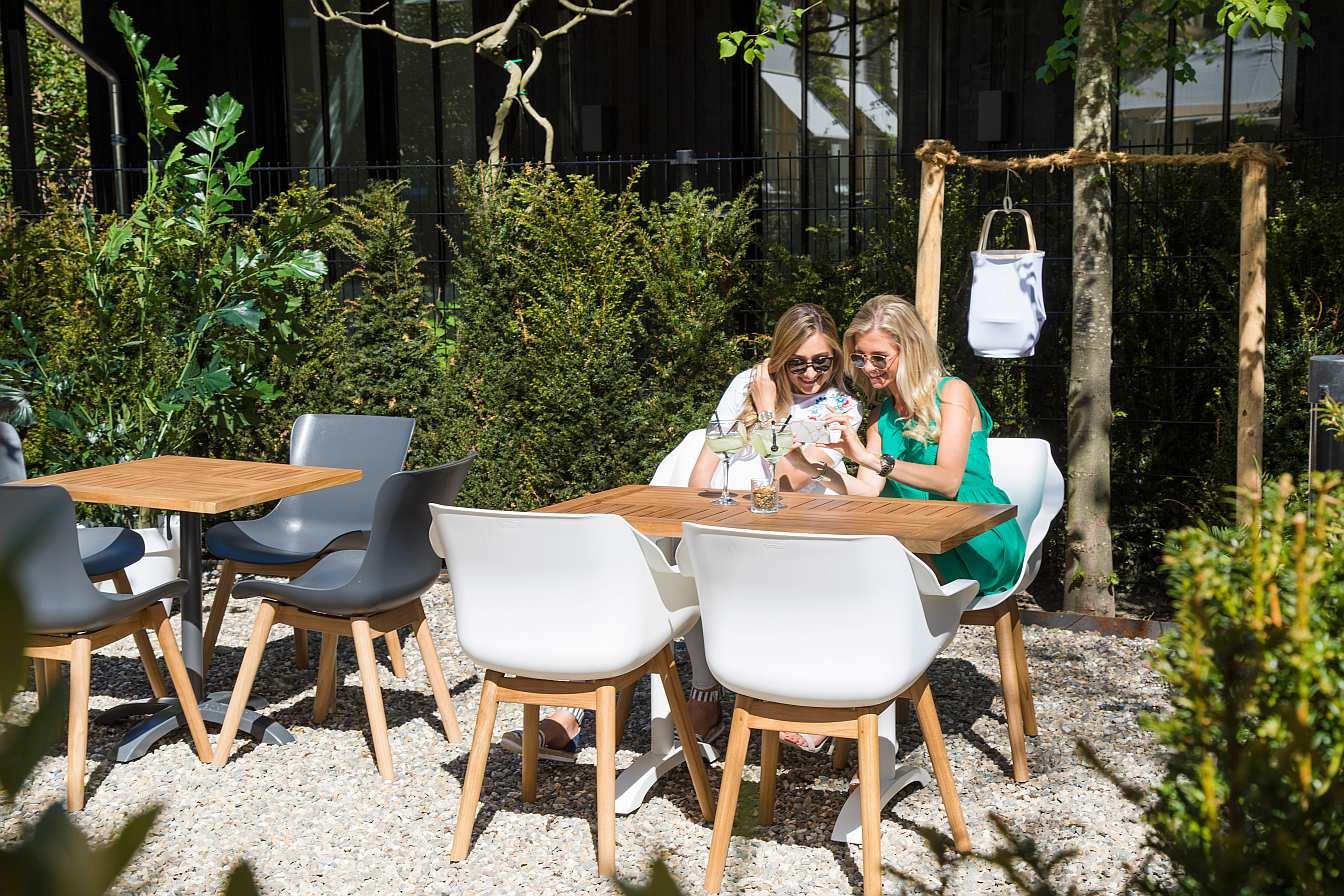 2 Hartman Tuinstoelen.Hartman Sophie Teak Dining Tuinstoel Set Van 2 Donkergrijs Nu